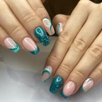 Petit aperçu d'un Nail ART sur les ongles chez Bulles de Perles